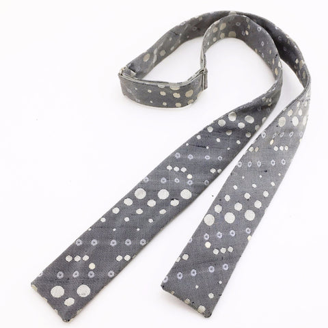 1950s-60s Skinny Silk Bow Tie Mad Men Era Men's Vintage Gray Bowtie with woven Mid-Century Abstract Dot designs