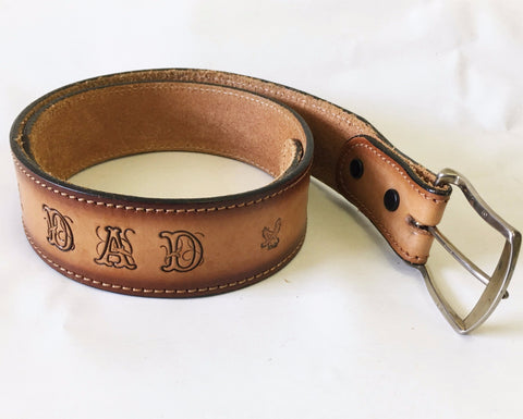 "1970s Vintage ""DAD"" Belt Men's Tooled Leather Western Cowboy Style Belt with stamped, tooled & painted American Eagle designs - Size 34"