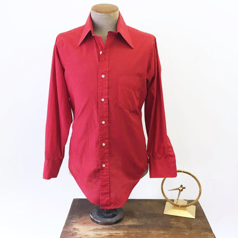 1960s Vintage Men's Red Mad Men Era Mod Long Sleeve Shirt by Sero of New Haven - Size MEDIUM