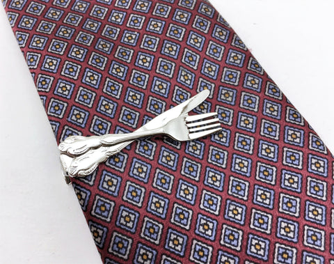 1970s Fork & Knife Tie Bar Silver Tone Metal Cutlery Shaped Tie Clip / Tie Clasp