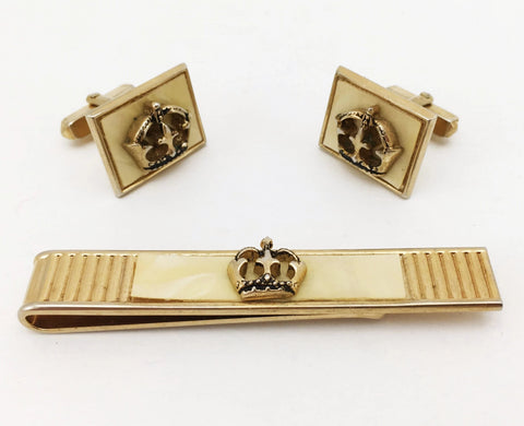 1960s-70s SWANK Crown Cufflinks & Tie Bar 3 Piece Set Mad Men Era Men's Vintage Gold Tone Metal Cuff Links Set with Crown designs