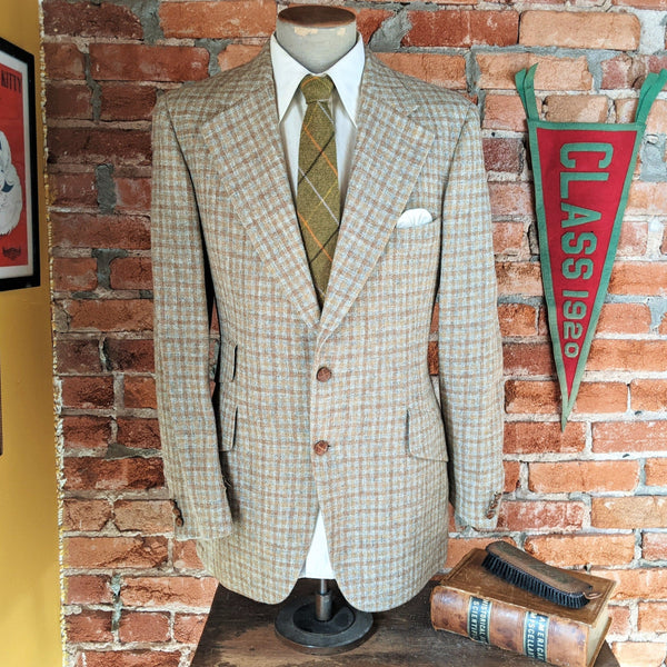 1970s Plaid Pure Virgin Wool Suit Jacket Men's Vintage Tan & Gray Blazer / Sport Coat by Austin Reed of Regent Street - Size 42 Long (LARGE)