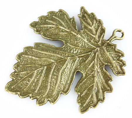 Leaf Charm - Vintage Maple Leaf - Beads & Findings - Craft De Ville - Craft de Ville