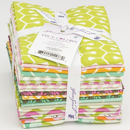 True Colors - Heather Bailey - Fat Quarter Pack - Fabric - Free Spirit - Craft de Ville