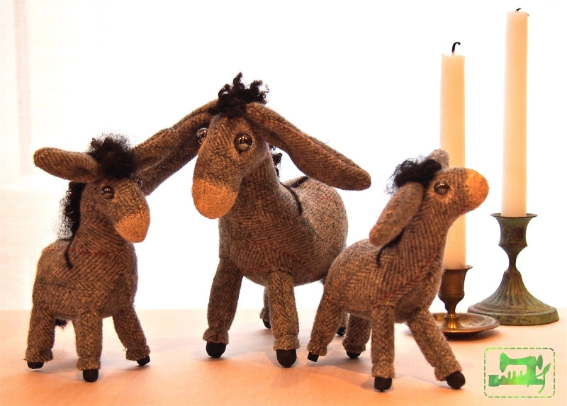 Burro Family Pattern - Incipient Madness - Incipient Madness - Craft de Ville