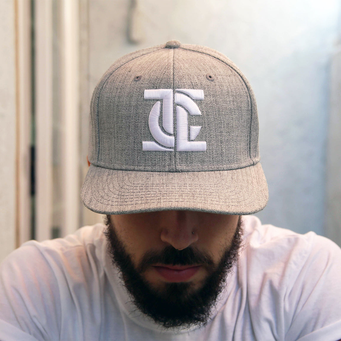 ICON HEATHER GRAY SNAPBACK