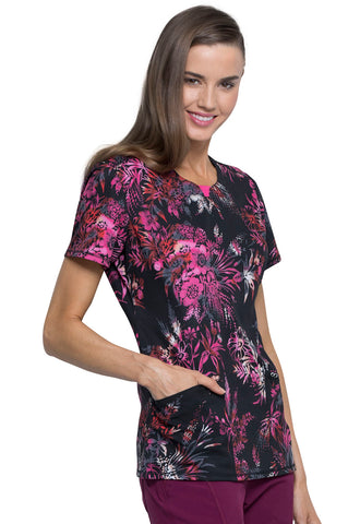 Cherokee Infinity Round Neck Top In Night Garden