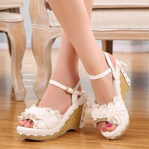 Sweet Pink/White Flowers Wedges