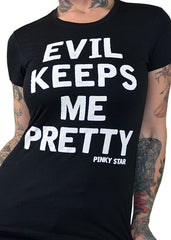 evil keeps me pretty tee - pinky star