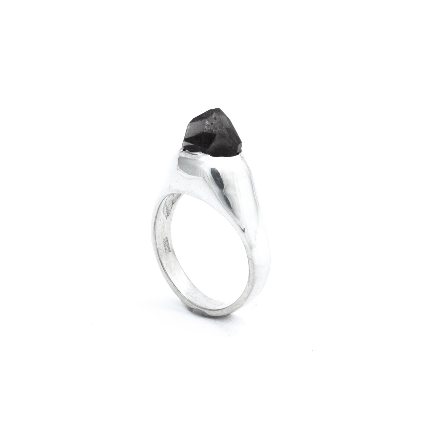 Sterling Silver Classic Smoky SOLITAIRE :: SZ 6 :: Signature Collection