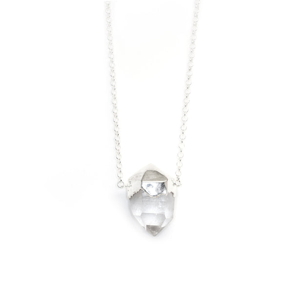 GRAND SOLITAIRE SIGNATURE NECKLACE