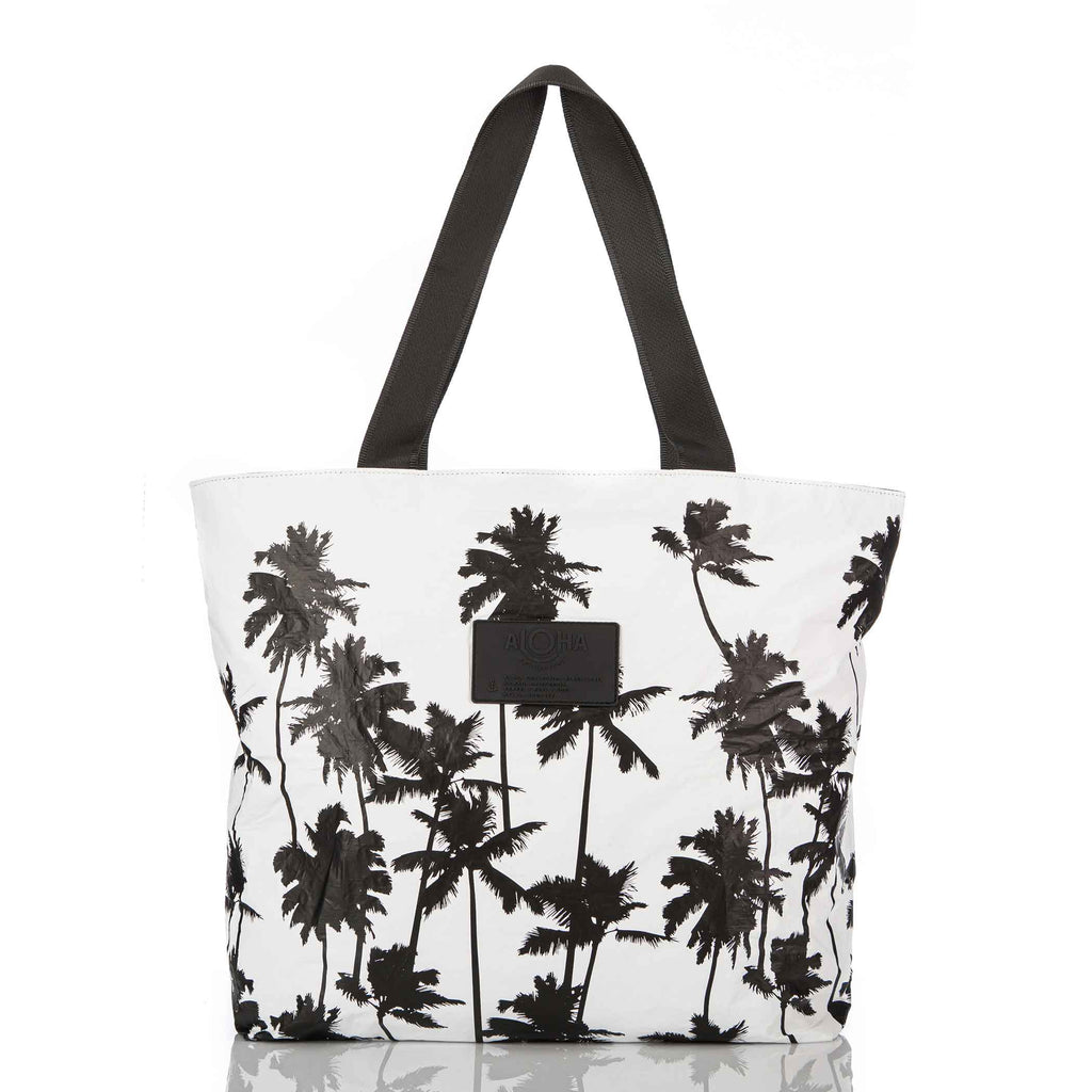 Coco Palms Day Tripper in Black