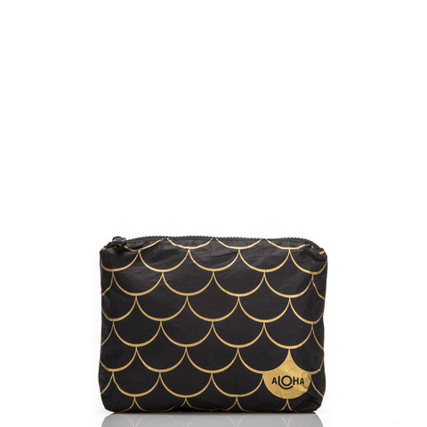 Pineapple Royale Black Zipper Tote in Gold