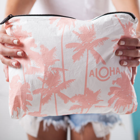 Mid Coco Palms Pouch in Guava