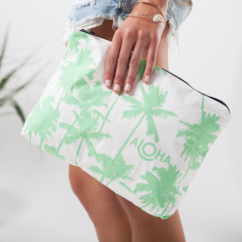 Mid Coco Palms Pouch in Key Lime