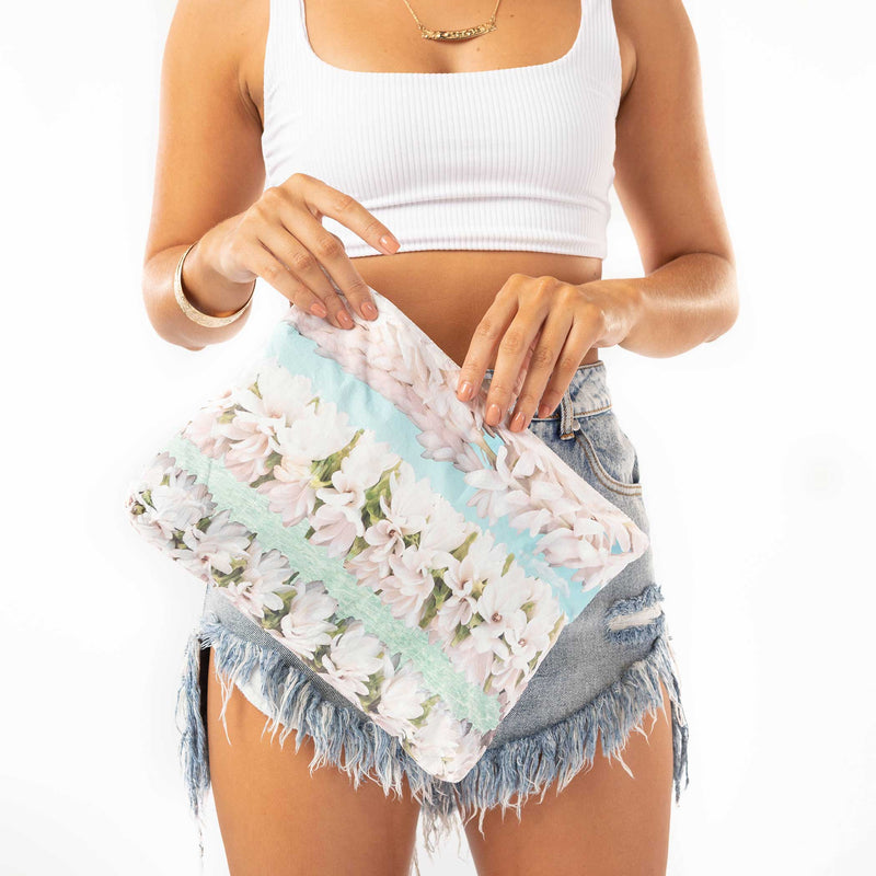 Mid Tiare Lei by Samudra Pouch
