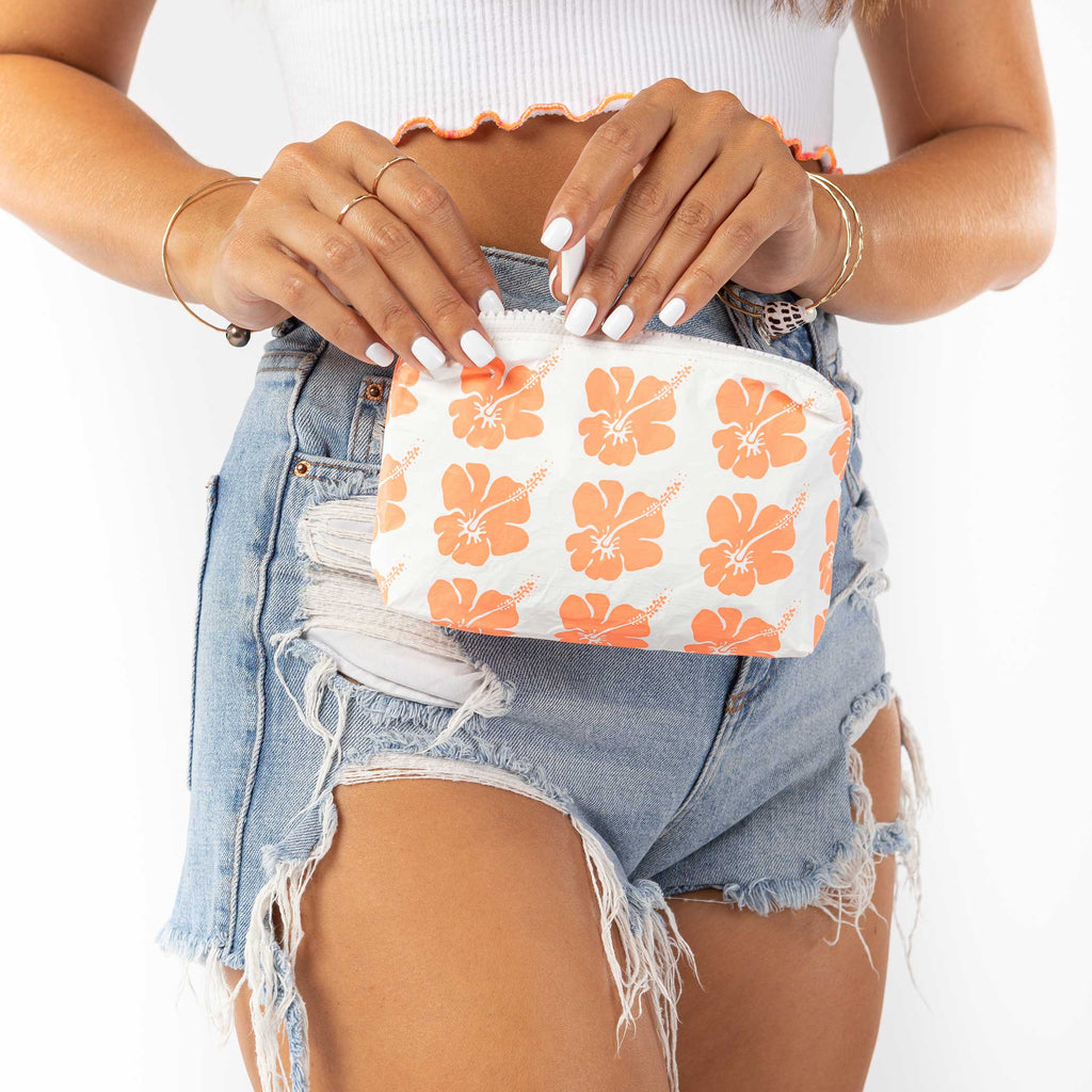 Mini Hibiscus Bloom Pouch in Creamsicle