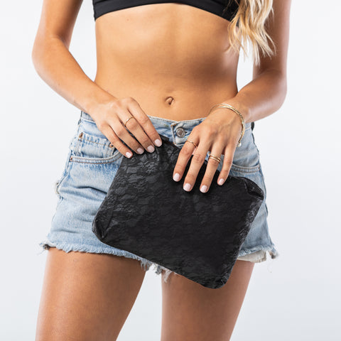 Small Lace Noir Pouch