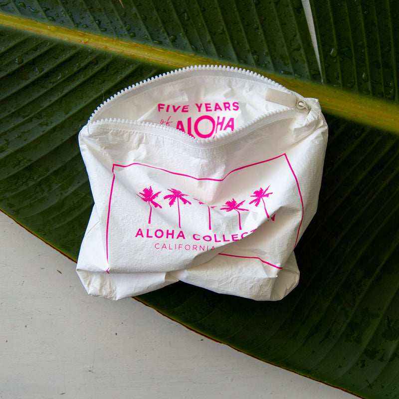 Small Five Years of ALOHA in Neon Pink