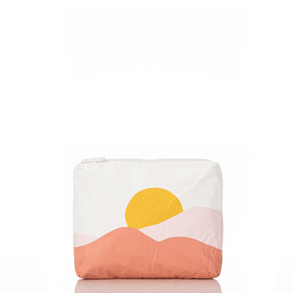 Small Sunrise Pouch in Starburst