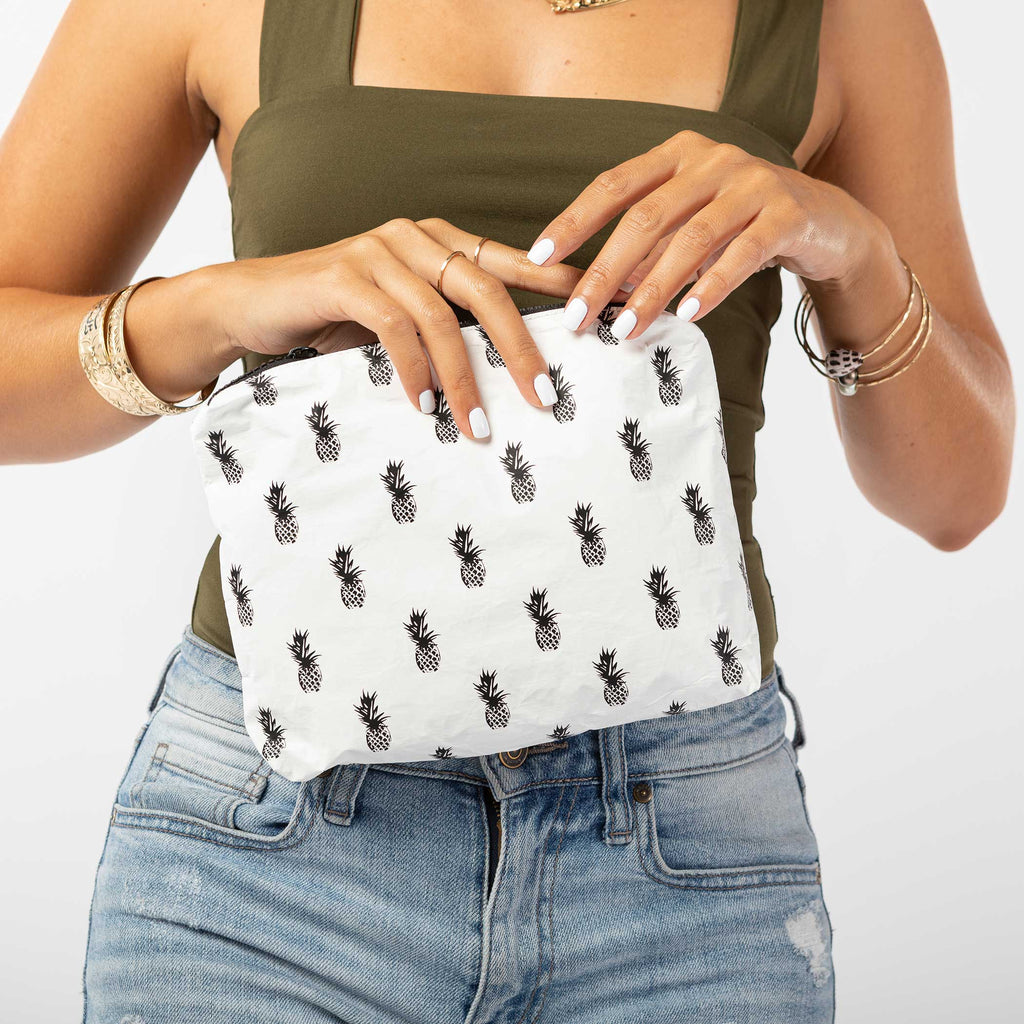 Small Pineapple Royale Pouch in Black on White