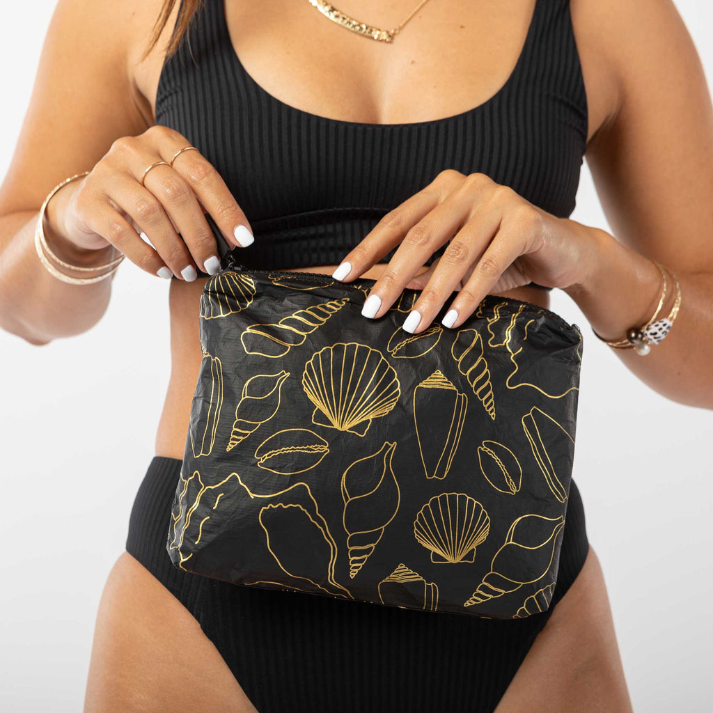 Small Black Seashore Pouch
