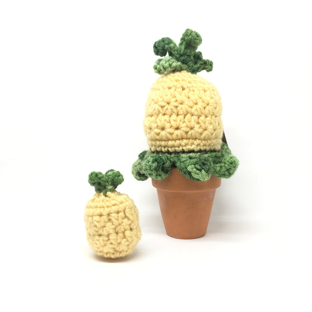 Knitted Baby Pineapple