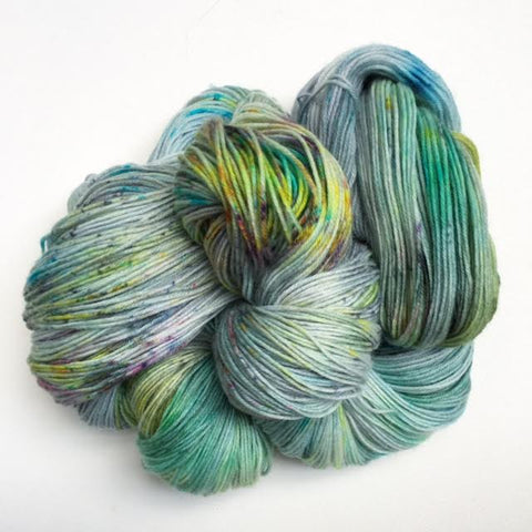 ZOMBIE LOVESTORY - Superwash Merino Wool (Fingering weight)