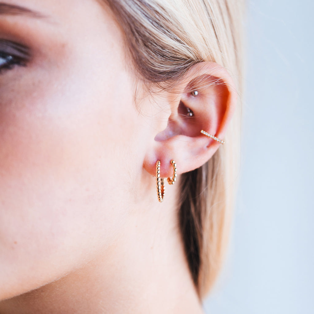 Arch Ear Cuff on model - gold
