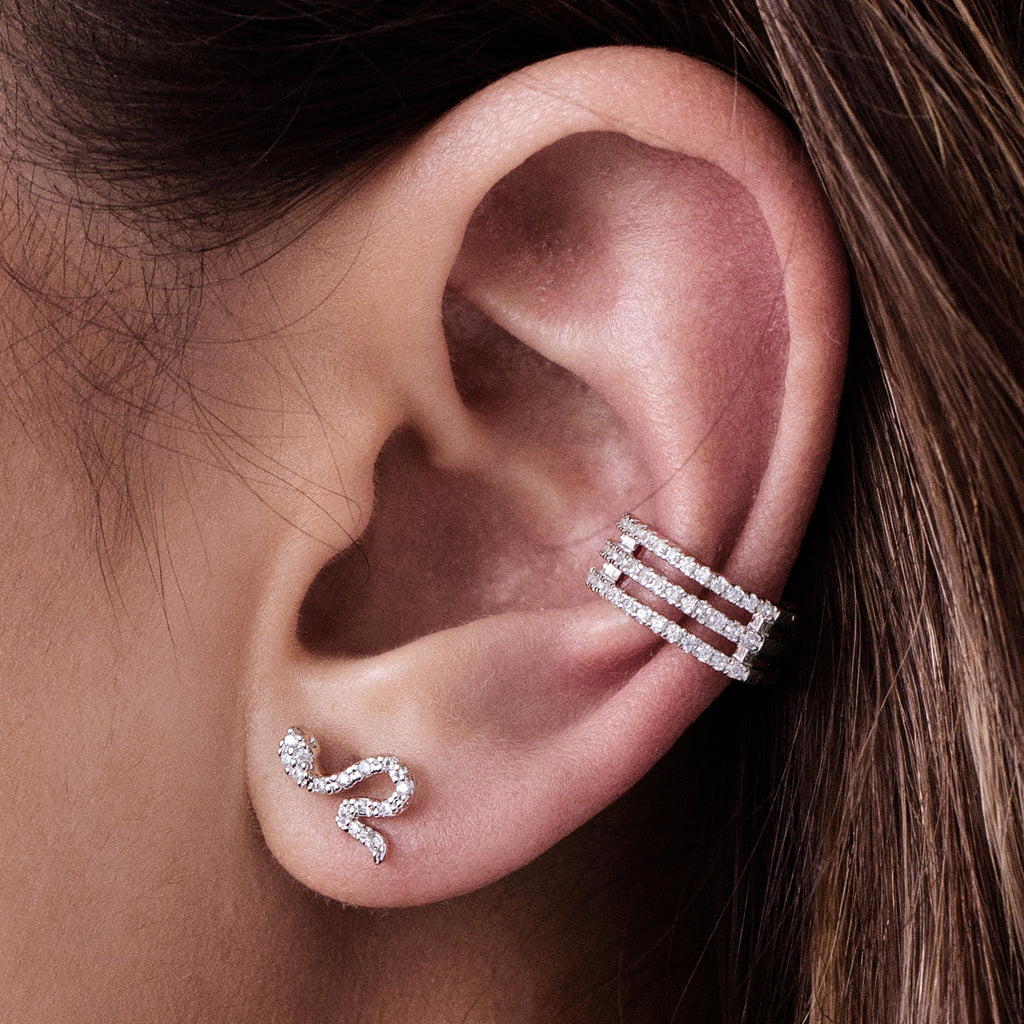Nostalgia Triple Band Gem Ear Cuff on model - silver