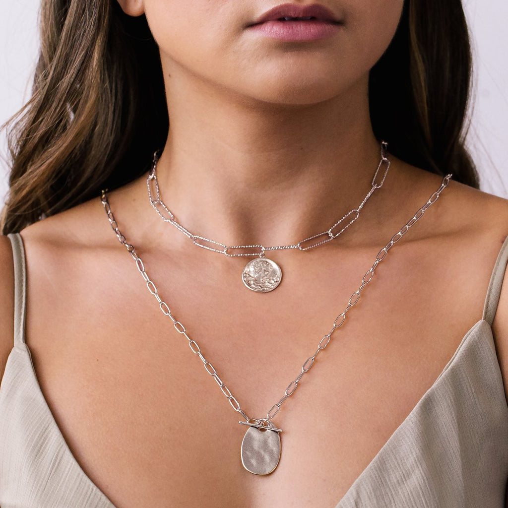 Roma Pendant Necklace on model - silver