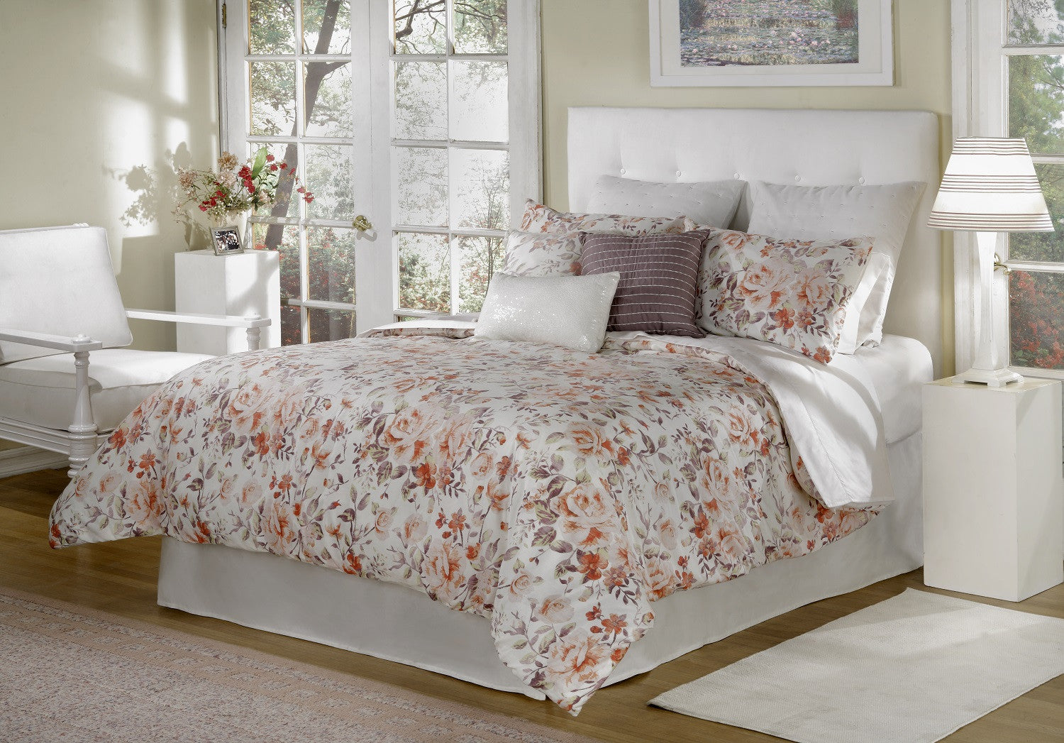 bed INC Antoinette Collection