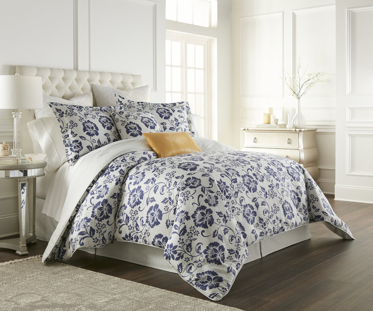 kathy ireland® Home Cottage Grove Comforter Set