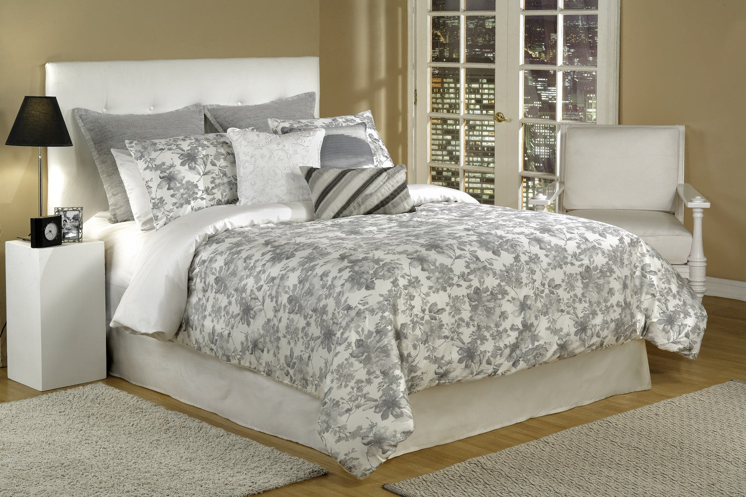 bed INC Kingston Comforter Set