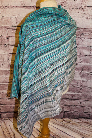 Hand Woven Button Poncho // Girls Best Friend - Gris Pale Bamboo Weft - Plain Weave