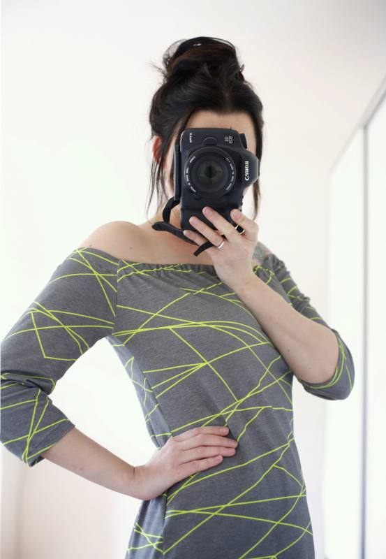 Shapelines Jersey, Charcoal-Neon by Mamasliebchen