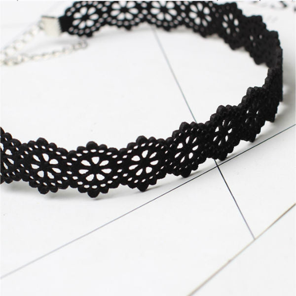 Lasercut Choker Necklace