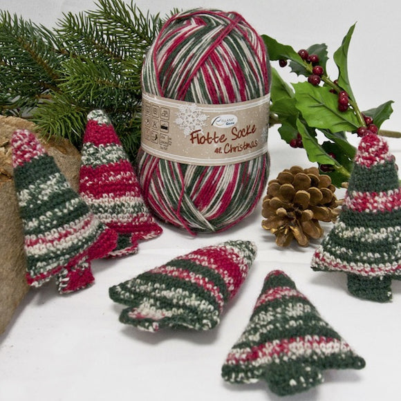 Christmas tree ornaments - Crochet Kit (makes 12)
