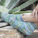 Crochet Slippers in Flotte Socke Mississippi - Rellana Crochet Kit