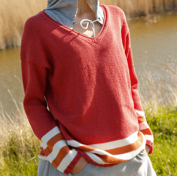 V-neck jumper in ggh Volante - Rebecca Knit Kit - I Wool Knit