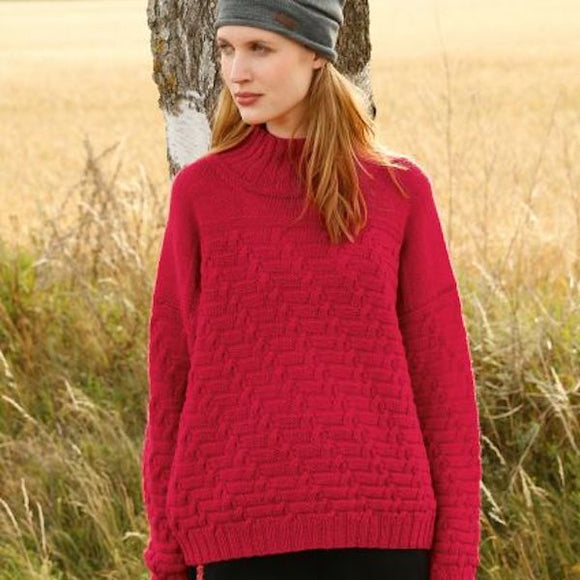 Jumper with diagonal cable pattern in ggh Wollywasch - Rebecca Knit Kit - I Wool Knit