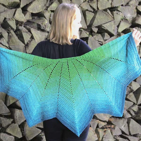 Crochet Summer Shawl in Regenbogen yarn - Rellana Crochet Kit