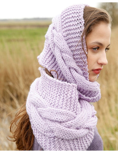 cowl with cable pattern