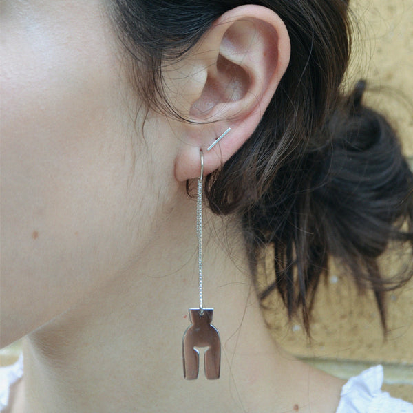 Pull Through Earring in Silver
