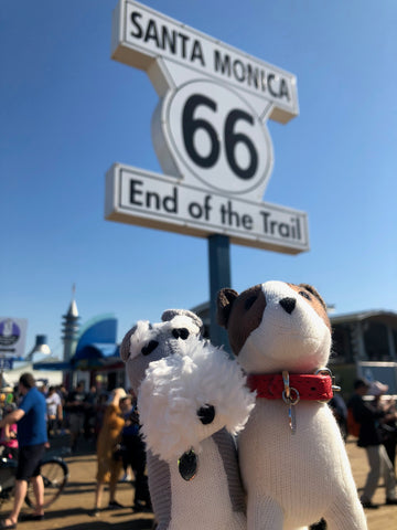 route 66, santa monica pier, english hounds, dog friendly US, dog friendly california, dog friendly santa monica
