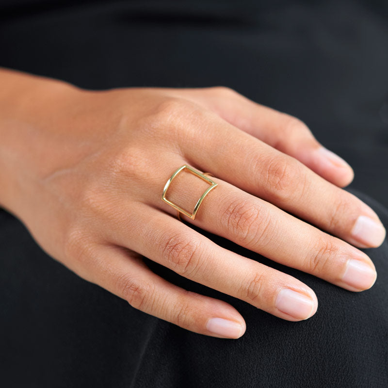 14k gold frame statement ring