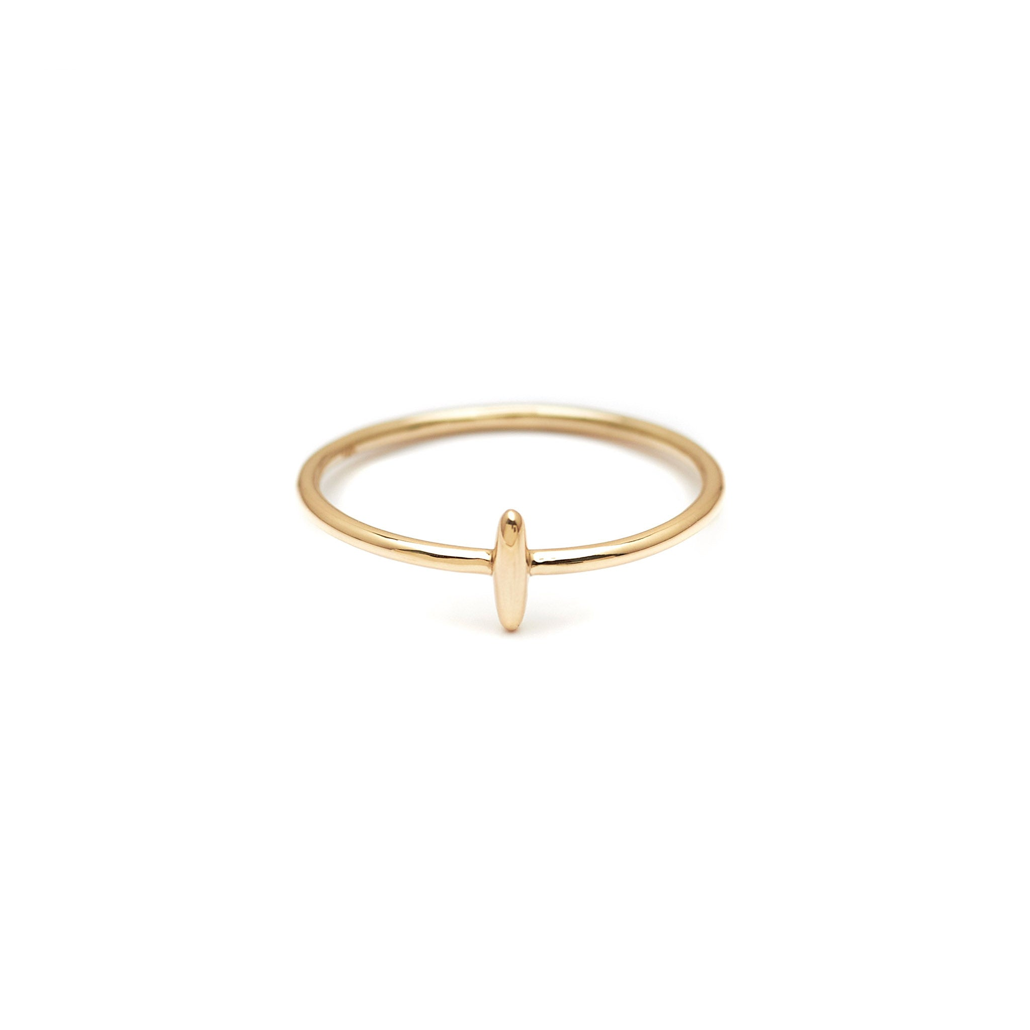 Minimalist solid 14k gold shoal ring. Every day fine jewelry