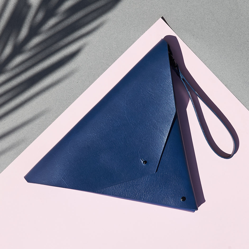 Triangle Clutch Marine Blue