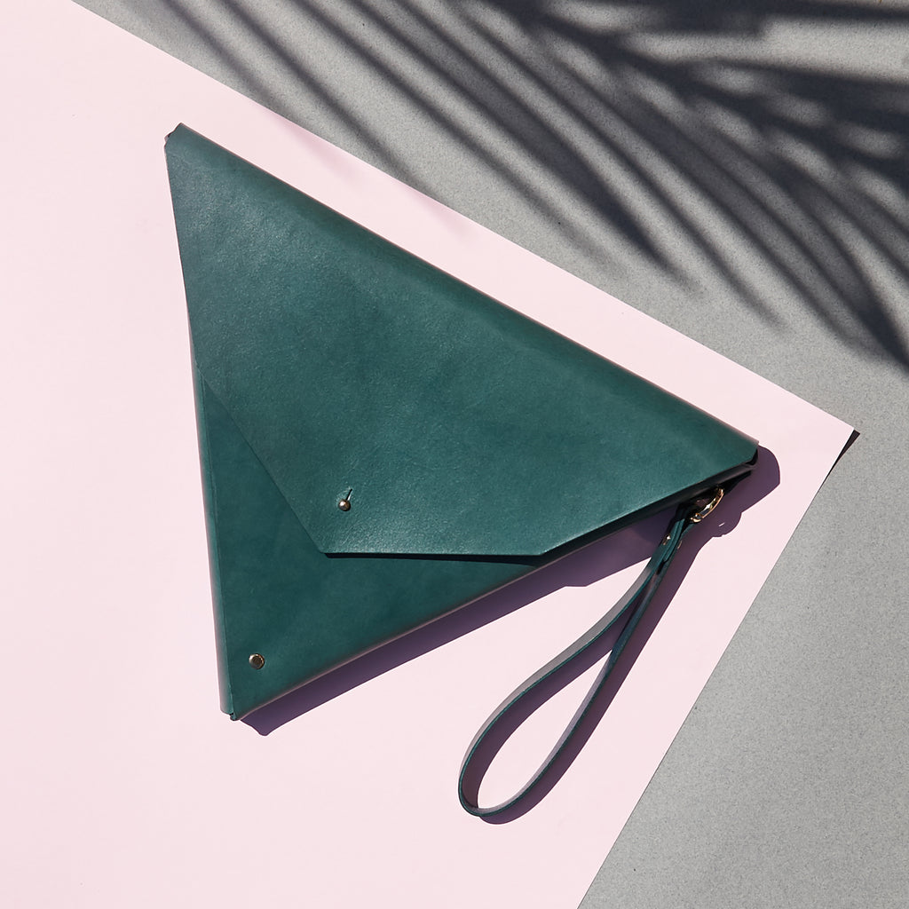 Triangle Clutch | Agave Green