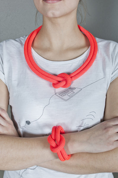 Oval Knot Necklace